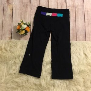 Lululemon Athletica yoga Capri pants